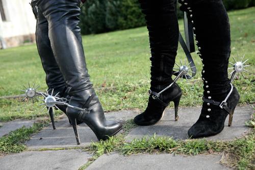Boots spurs Huddersfield Mistress Athena shoe worship