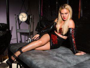 Mistress latex skirt latex top
